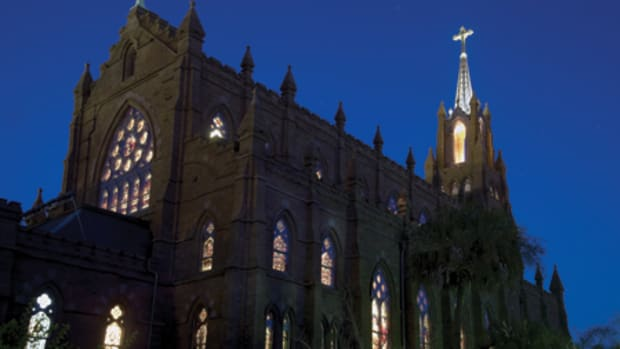 Glenn Keyes Architects (GKA), a firm of four, was established in 1986 and specializes in preservation, adaptive use and sympathetic addition projects. Among the firm's high-profile commissions is the Cathedral of St. John the Baptist in Charleston, SC.