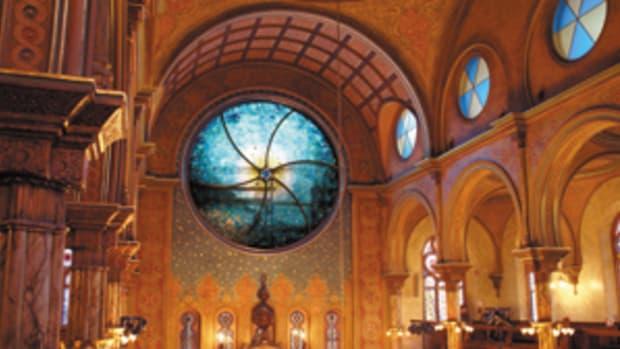 Eldridge Street Synagogue's Art Glass