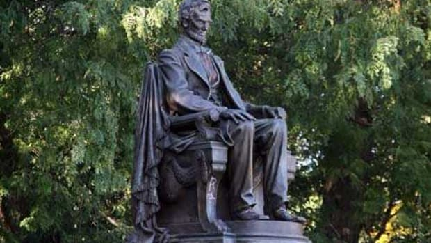 Lincoln, A. Saint Gaudens