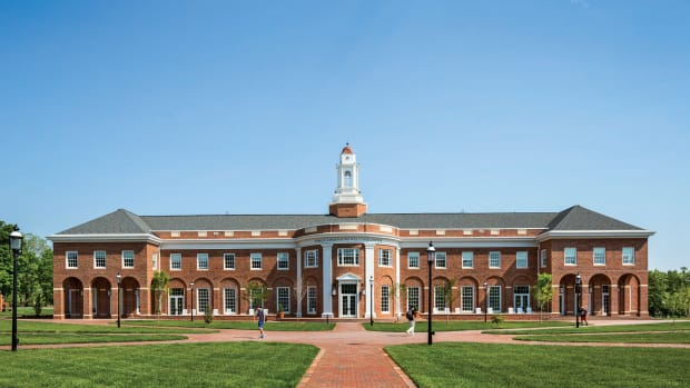 Elon University's Admissions Welcome Center