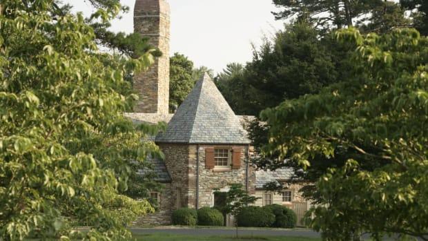 bernard-cottage-exterior-graylyn