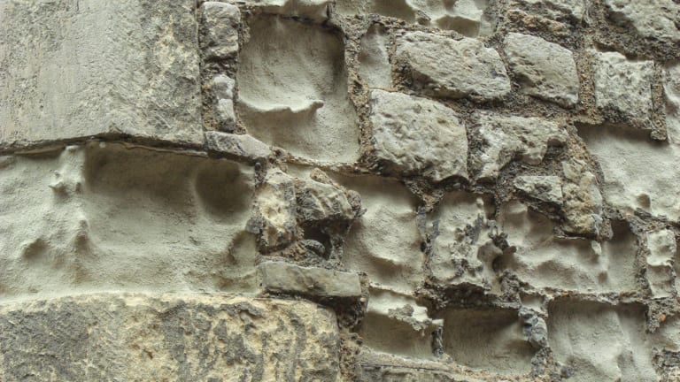 Cleaning Stone Buildings