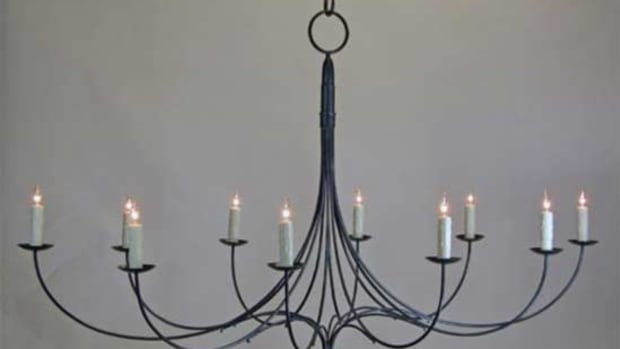 deep-landing-workshop-chandelier