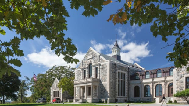 Peter Gisolfi Associates of Hastings-on-Hudson, NY, and New Haven, CT, designed the restoration and renovation of the 1903 Neoclassical Goodhue Memorial Hall, one of the first buildings on the 280-acre campus of the Hackley School in Tarrytown, NY. All photos: Robert Mintzes