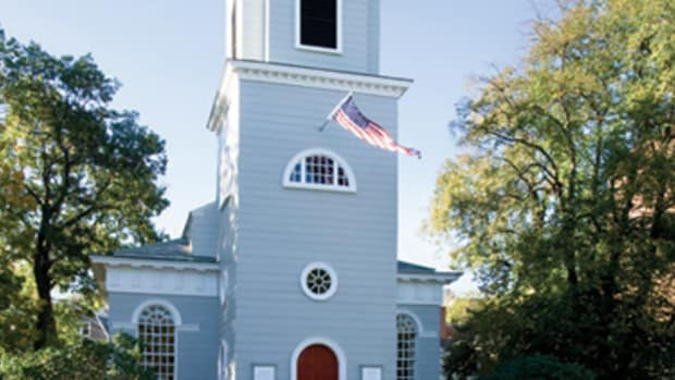 With its original wood siding restored by Charlie Allen Restorations and Frank Shirley Architects, Christ Church on Harvard Square in Cambridge, MA is looking forward to serving the community for another 250 years. All photos: Shelly Harrison
