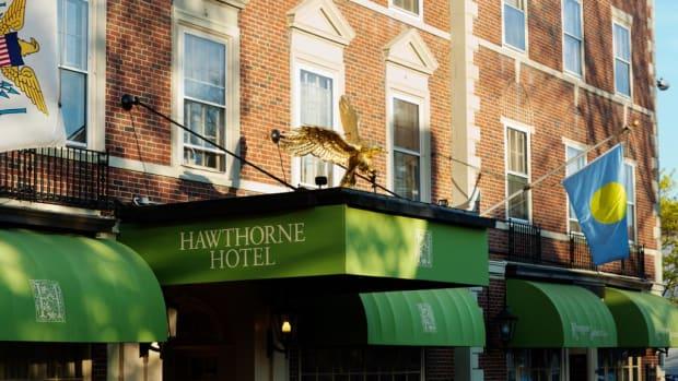 Judy May 2017 Hawthorne Hotel