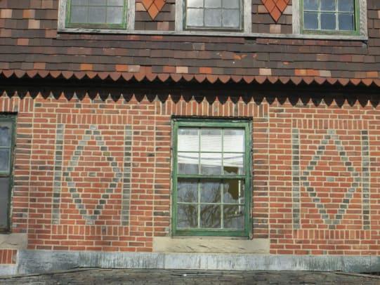 Judy 3 web brick pattern Seaside CT