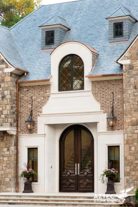 aztec Limestone, the perfect choice for a refined entrance