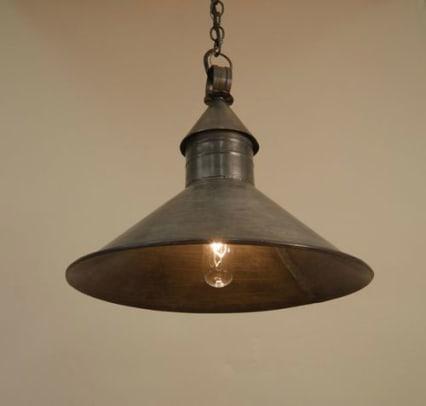 authentic-designs-beattie-barn-light-pendant