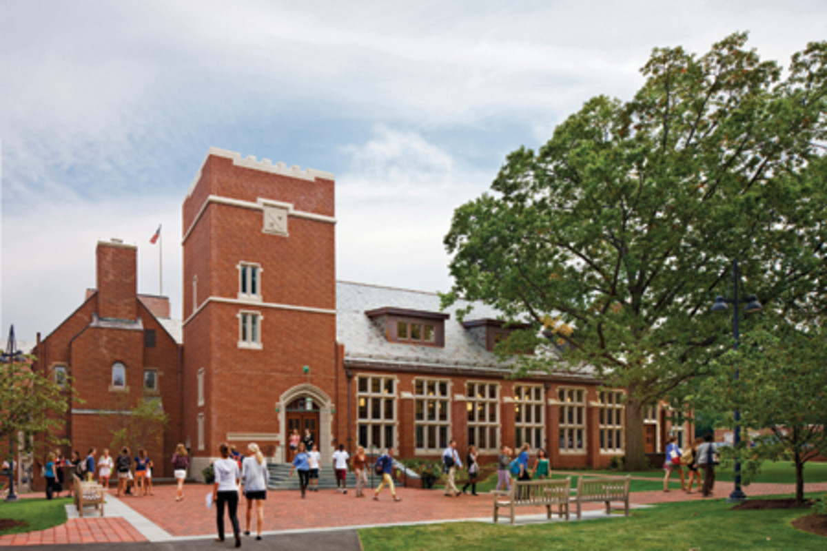 The Gund Partnership Renovated A Dining Hall At The Taft School Traditional Building