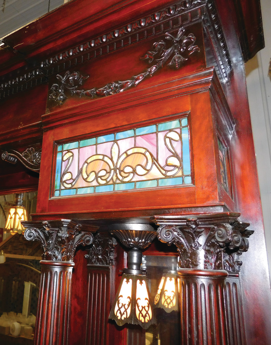 Architectural Antiques of Indianapolis - Traditional Building