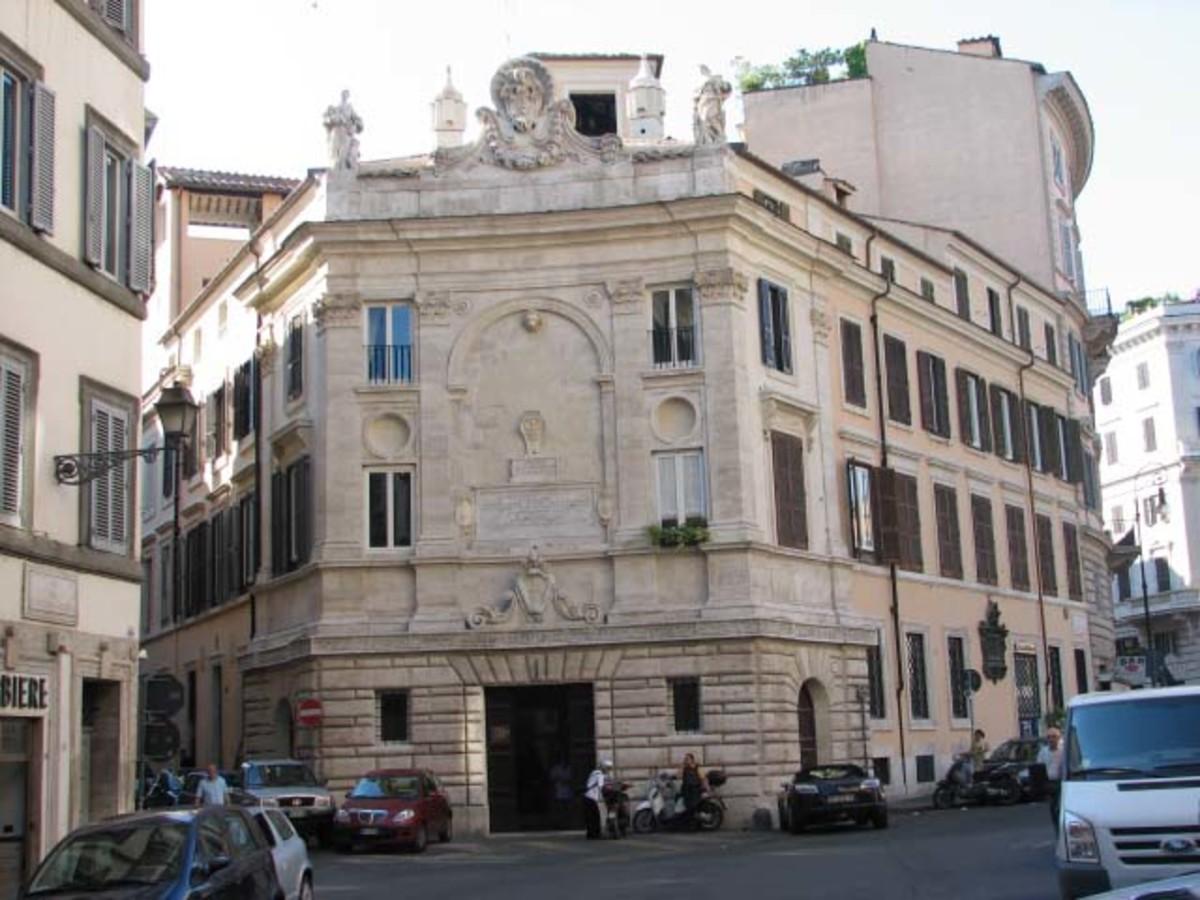 A SanGallo Banco di Santo Spririto, 1517.