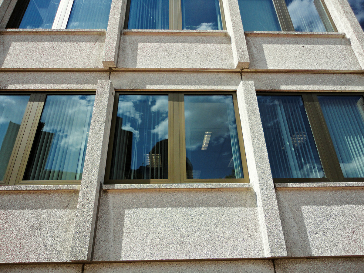WIndows JFK Federal Building