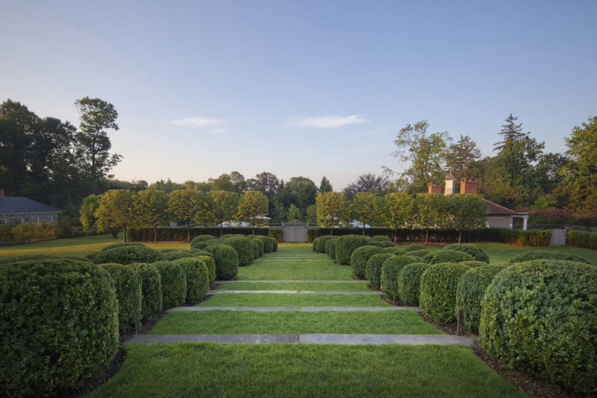Garden by Doyle Herman Design Associates. Photo: Neil Landino Jr.