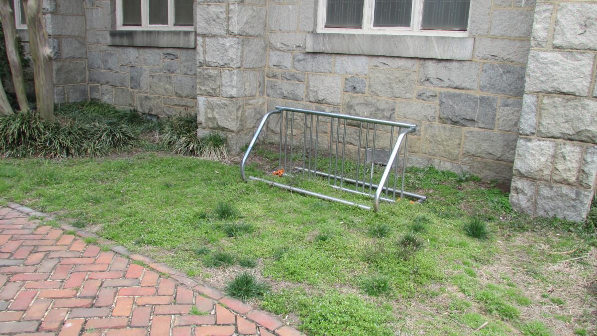 bike rack, st. thomas church