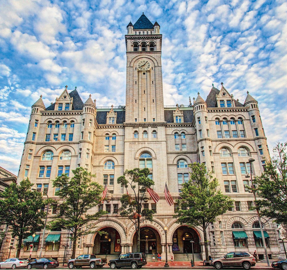 Trump International Hotel, historic tax credit