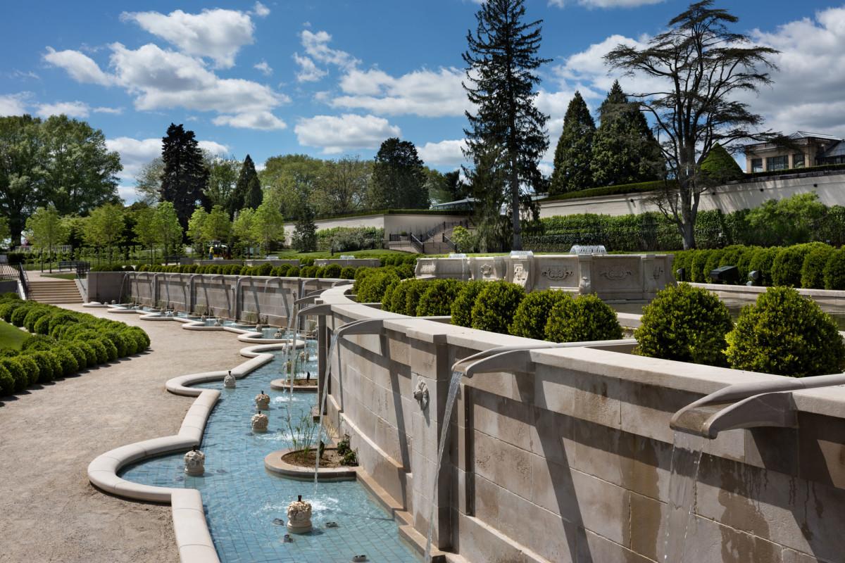 longwood gardens upper canal
