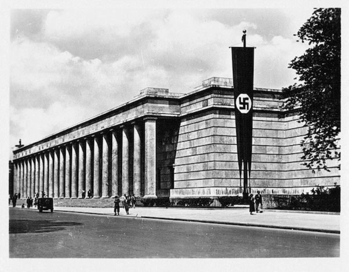Fig. 1. P.L. Troost, Haus der Kunst, Munich 1933-37. Google images.