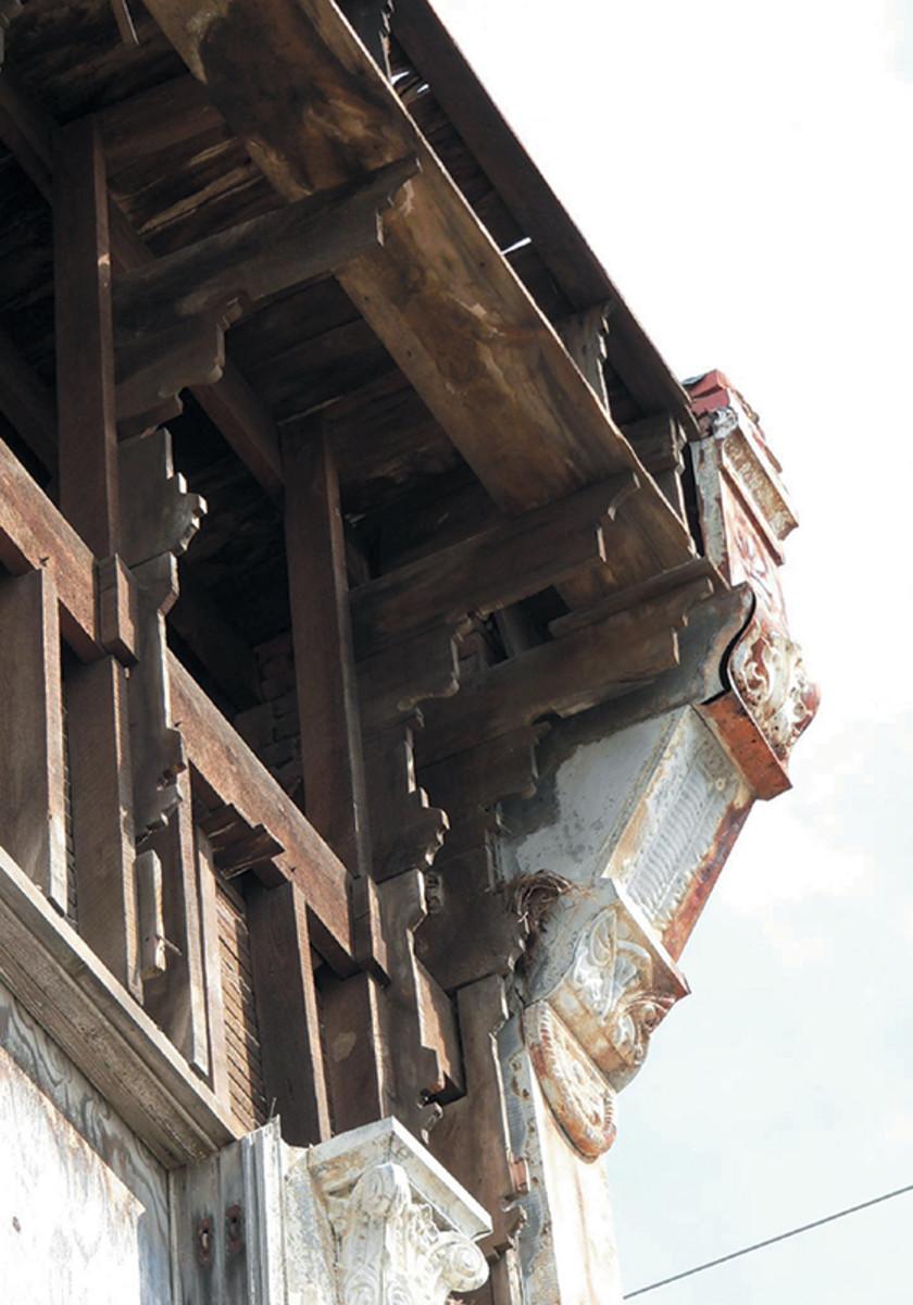 historic metal facade restoration