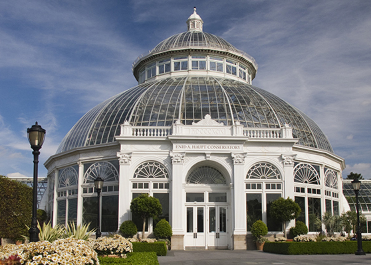 conservatories and greenhouses buying guide