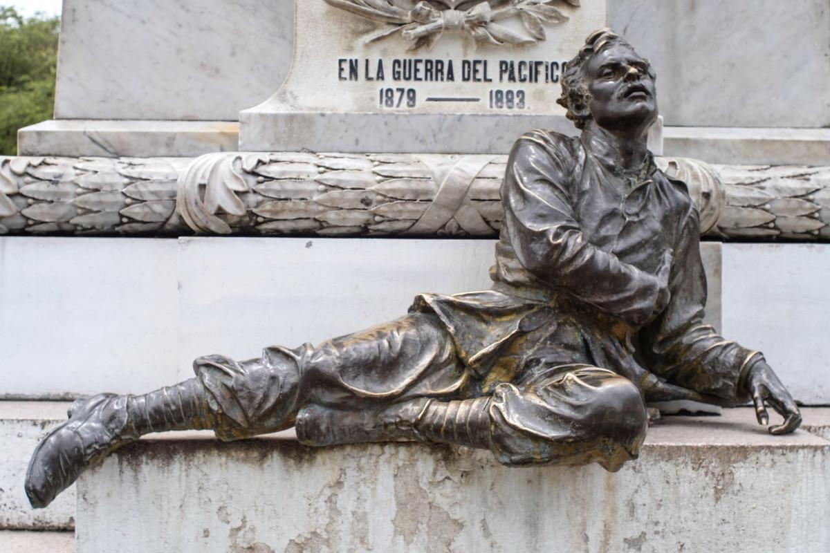 bronze fallen soldier statue