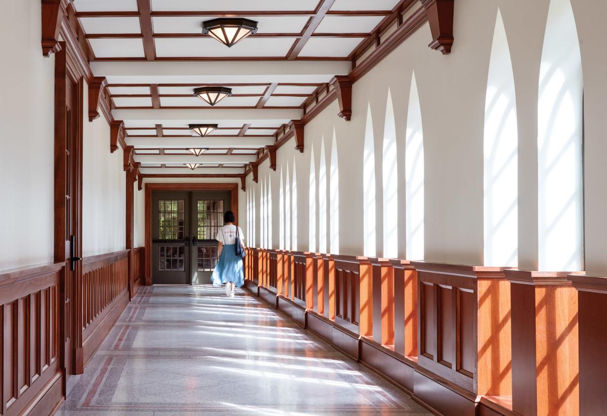 E. Bronson Ingram Residential College hallway