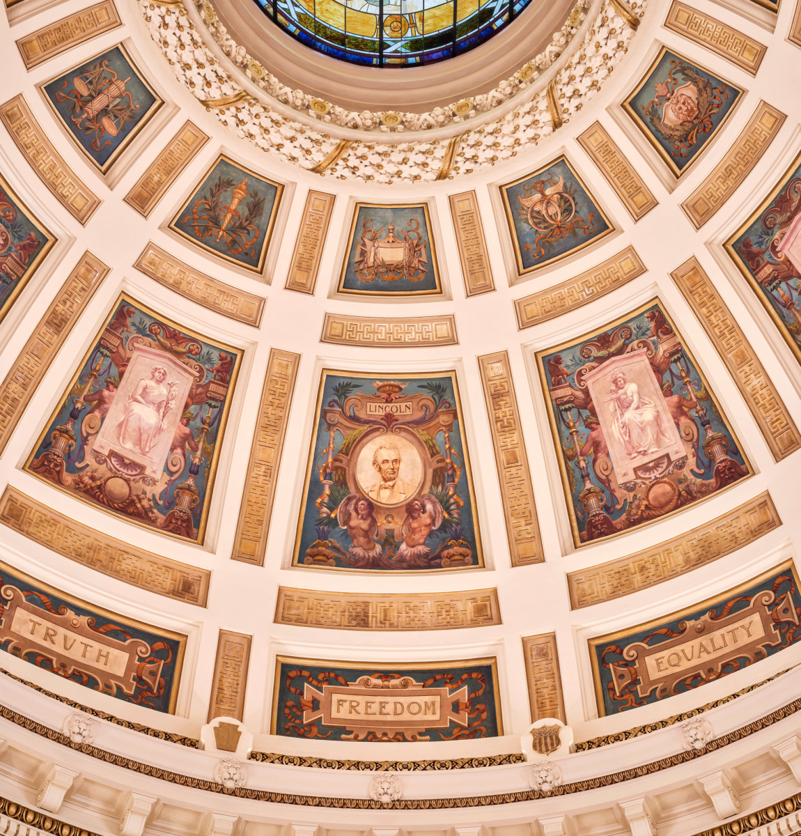 After studying historic photos, Riccio realized that the dome originally had been illuminated.