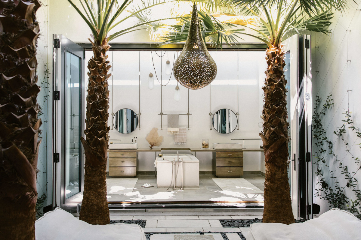indoor outdoor space, luxury bathroom