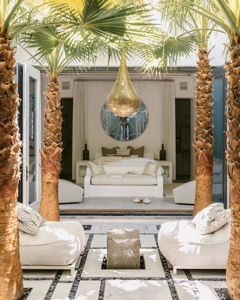 Alys Beach indoor/outdoor home
