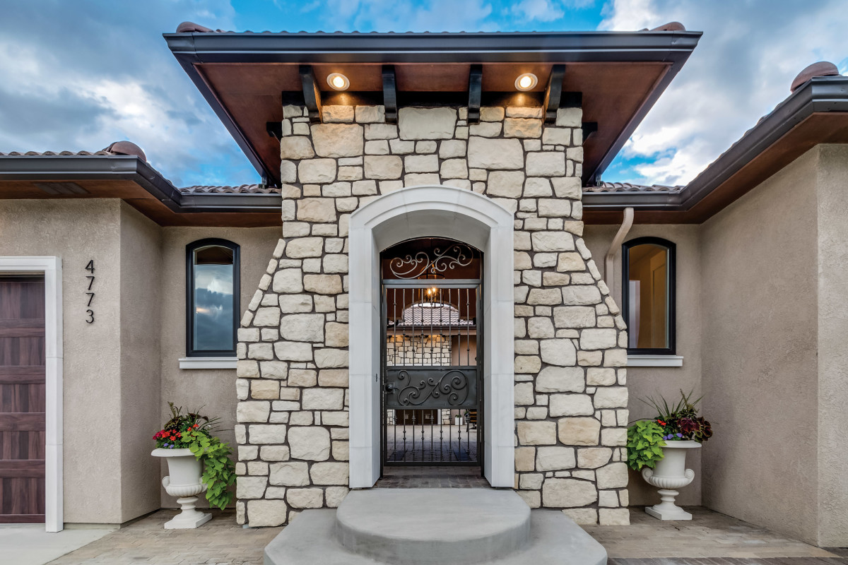 architectural stonework and landscape elements by Haddonstone