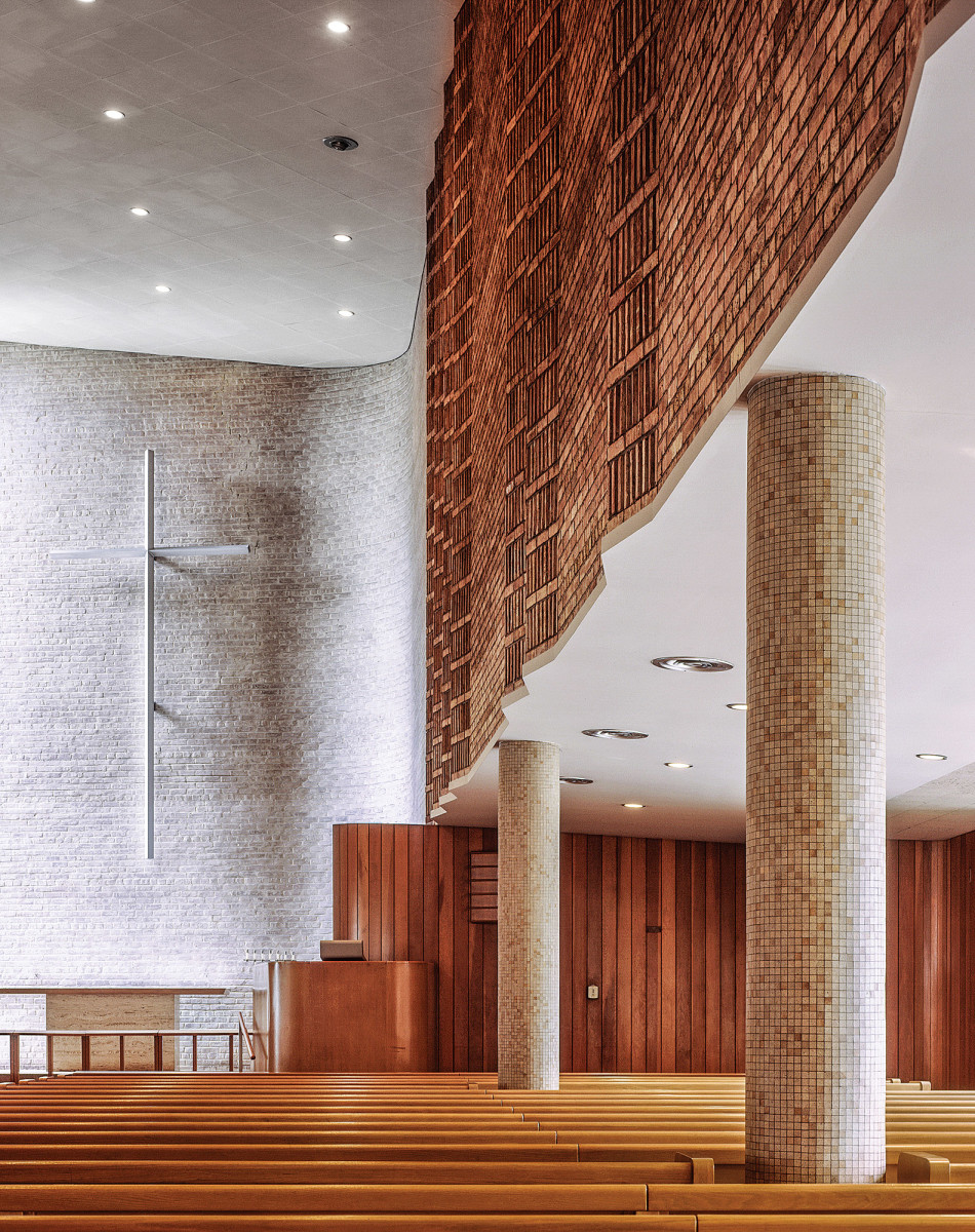 interior brickwork of Christ Church Lutheran