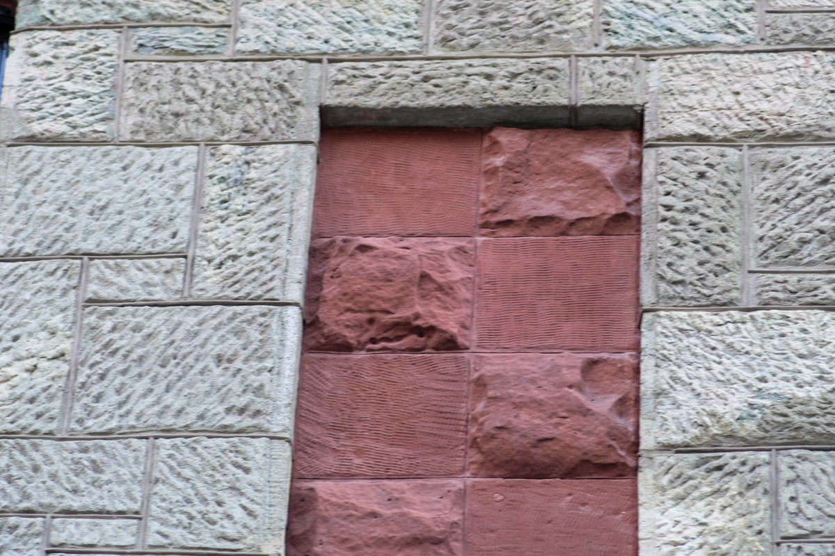 olive and brick detail