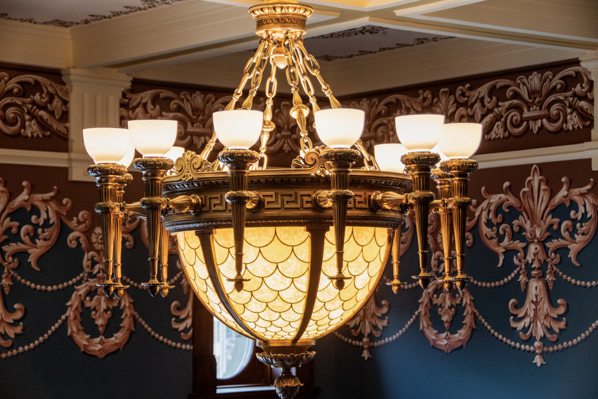 Restoring and upgrading the historic Supreme Court chandelier became a centerpiece of Wyoming State Capital project, only one of some 800 fixtures.