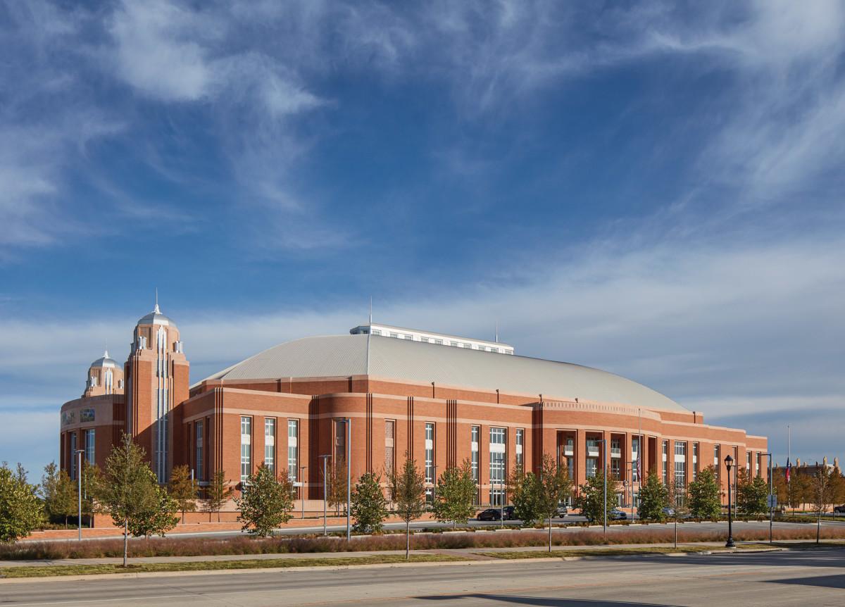 David M. Schwarz Architects Inc., Dickies Arena exterior