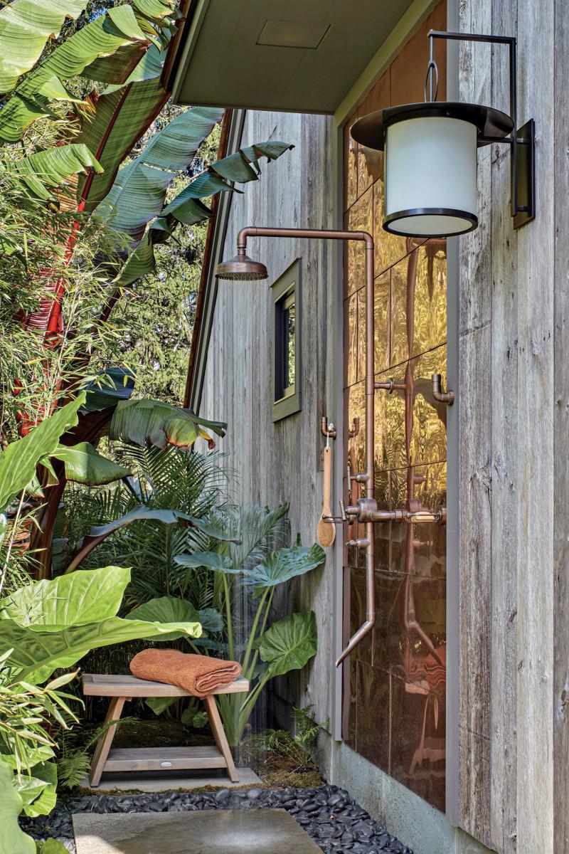 Washington Poolhouse, outdoor shower