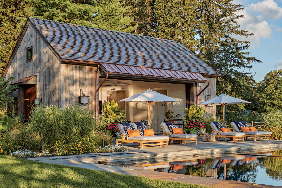 The pool house in Washington, Connecticut, designed by Haver & Skolnick also won a 2020 Bulfinch Award from the Institute of Classical Architecture & Art.