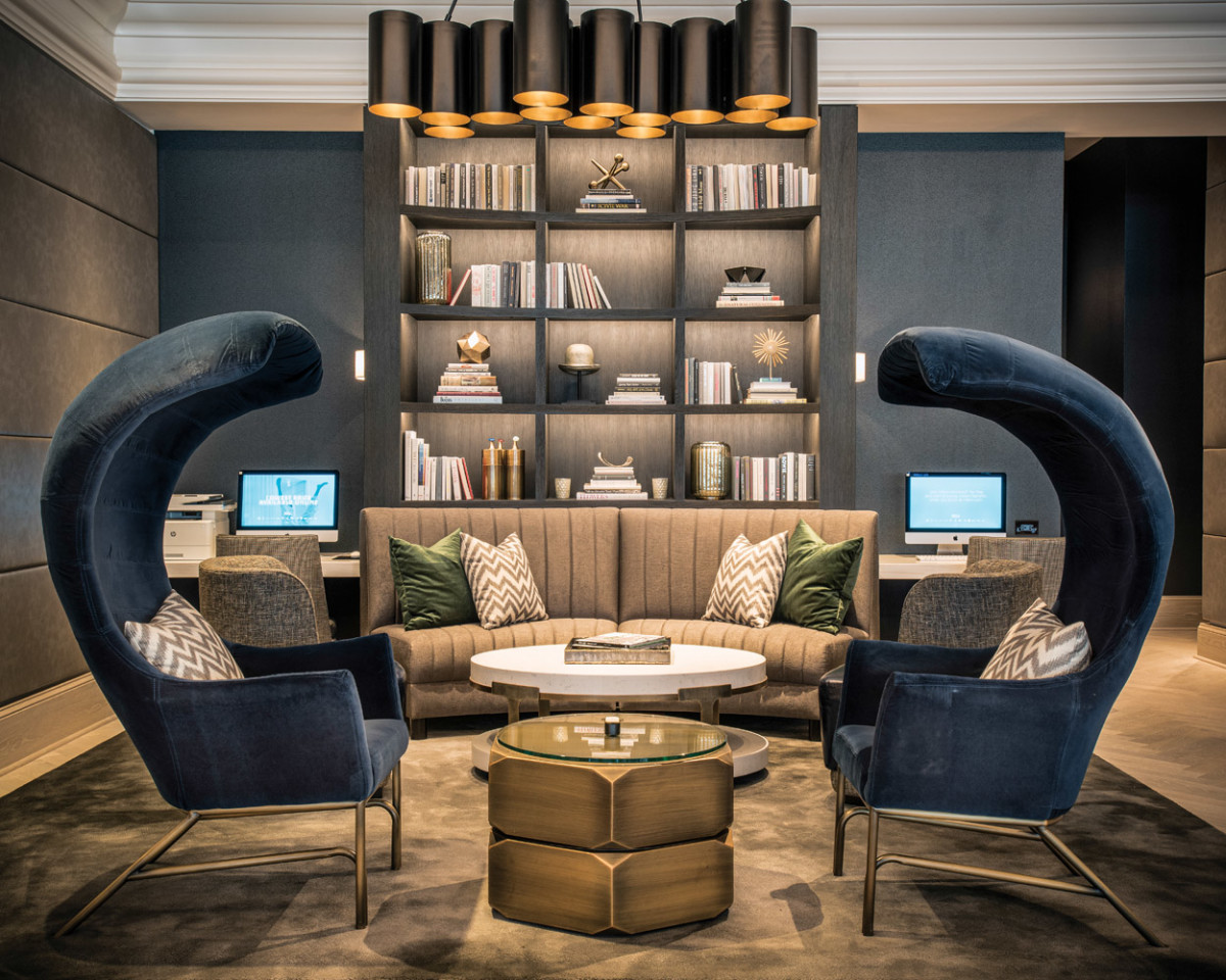 As the lobby library illustrates, the contemporary furnishings are opulent, elegant, and striking.