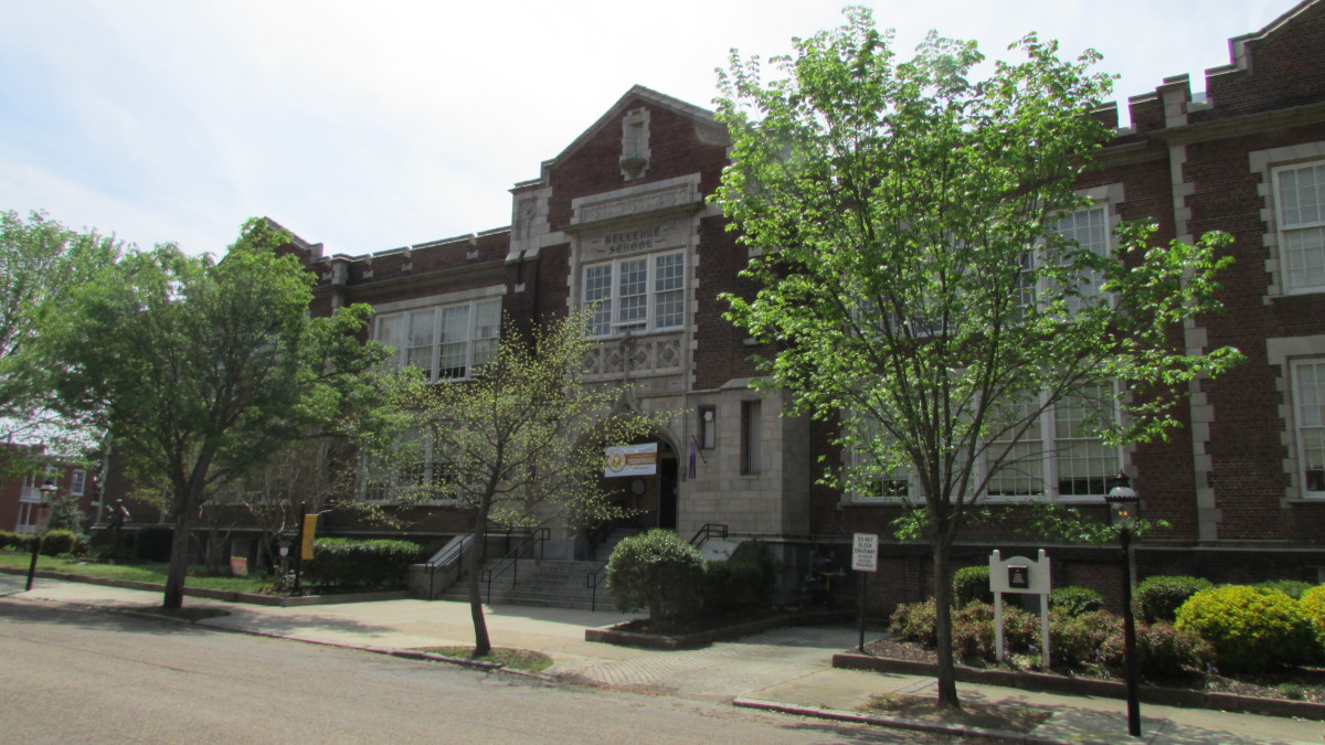 Bellevue Elementary, Carneal and Johnston
