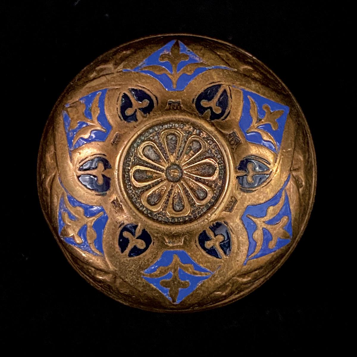 Corbin knob, pattern Arabesque,